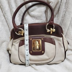 B. MAKOWSKY CREAM & BROWN LEATHER HOBO BAG